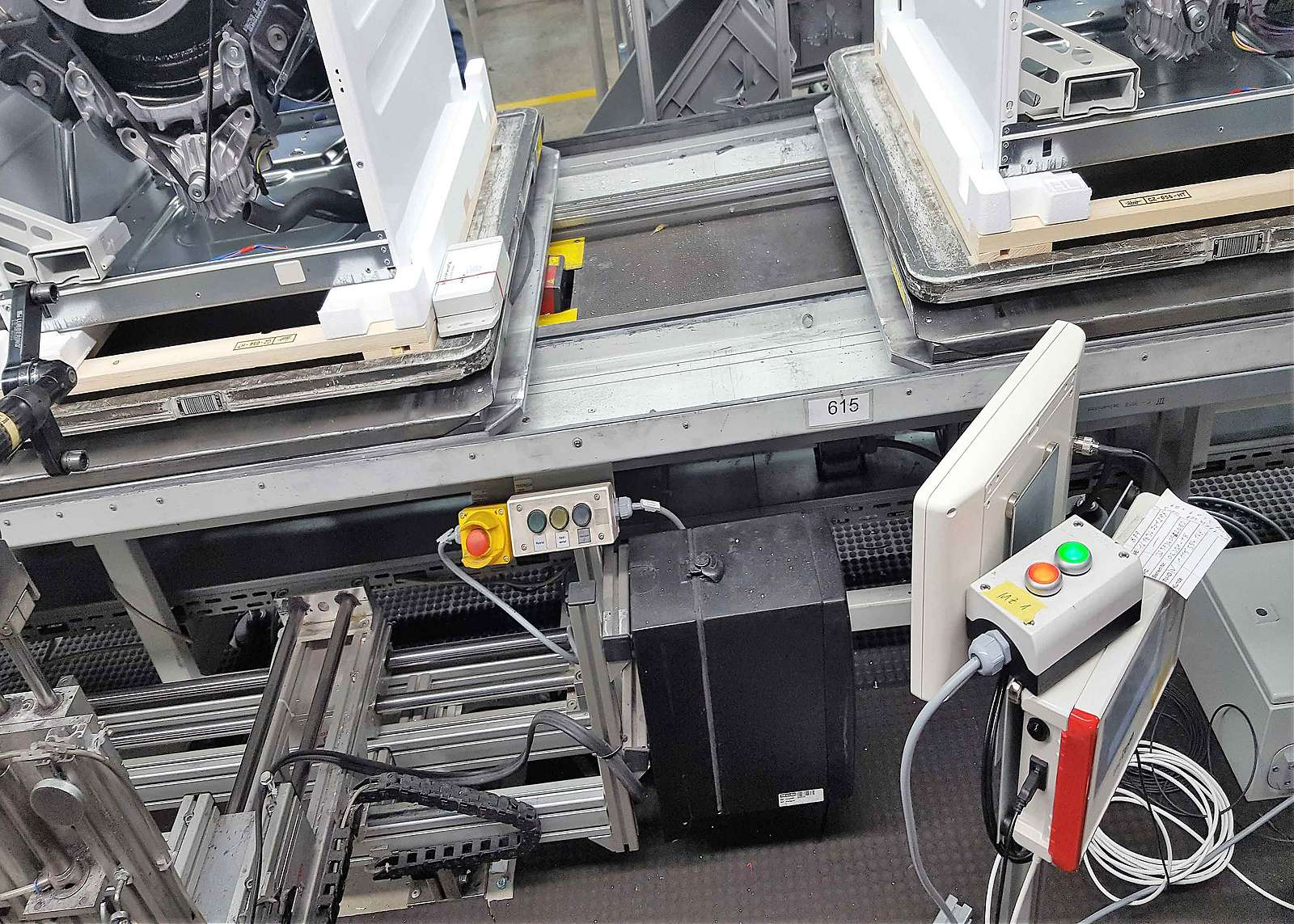 Intelligent sensors in the production of washing units are part of the Industry 4.0 concept