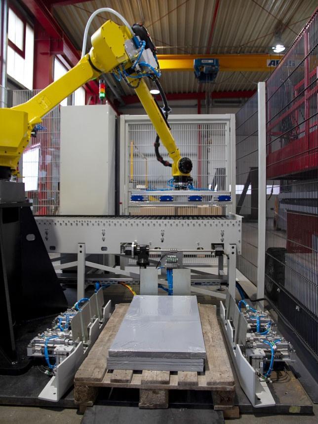 Packlagengenerierung mit Roboter und Greifersystem anhand von Bildverarbeitung